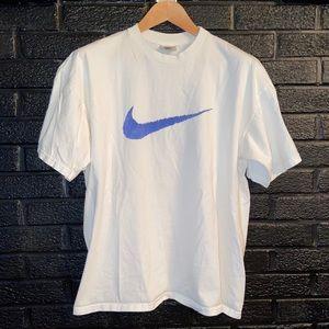 Vintage 90s Nike Athletics T-shirt size Large